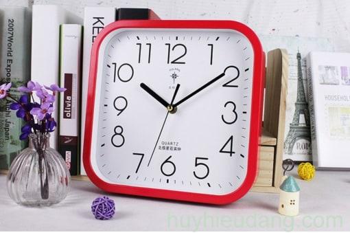 Đồng hồ treo tường 16 màu đỏ