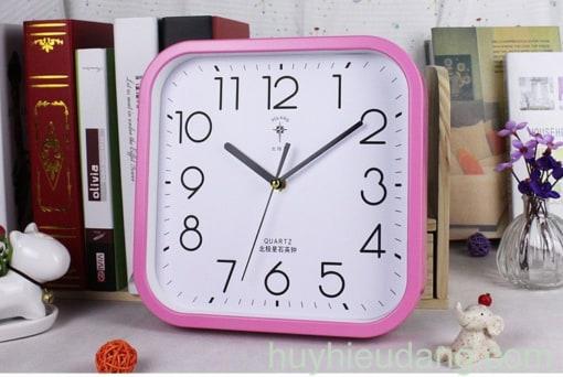 Đồng hồ treo tường 16 màu hồng