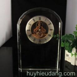Đồng hồ để bàn 12