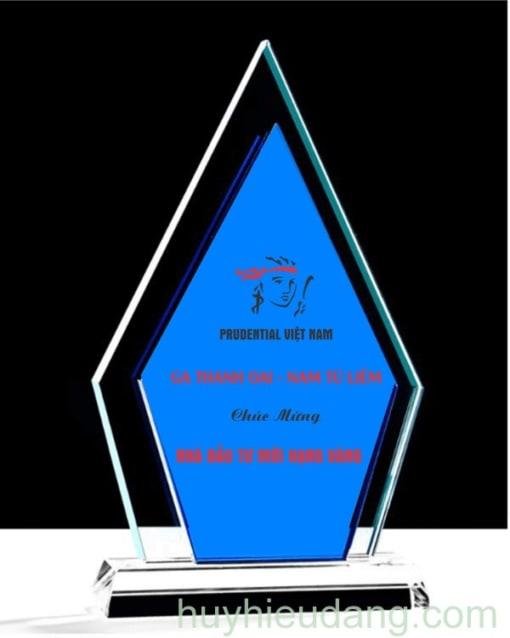 Kỷ niệm chương pha lê 36